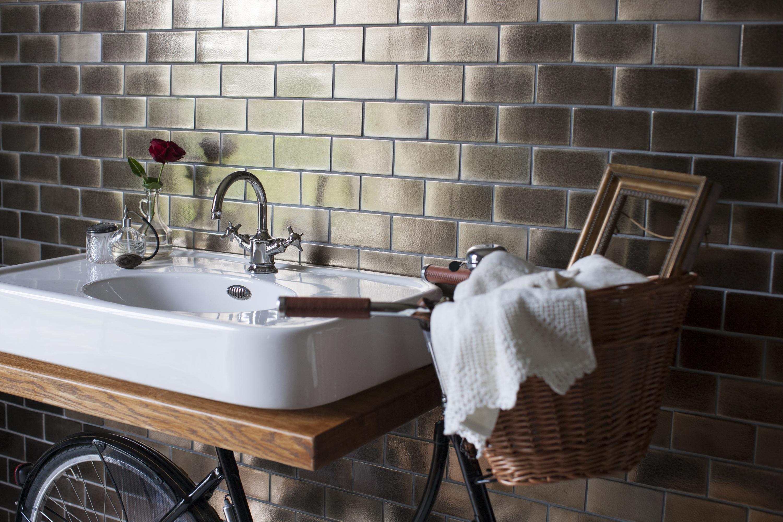 Regia lancia il lavabo bicicletta bagno italiano