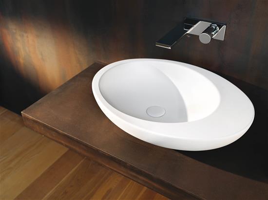 Vasca freestanding e lavabo da appoggio collezione le for Lavabo appoggio bagno