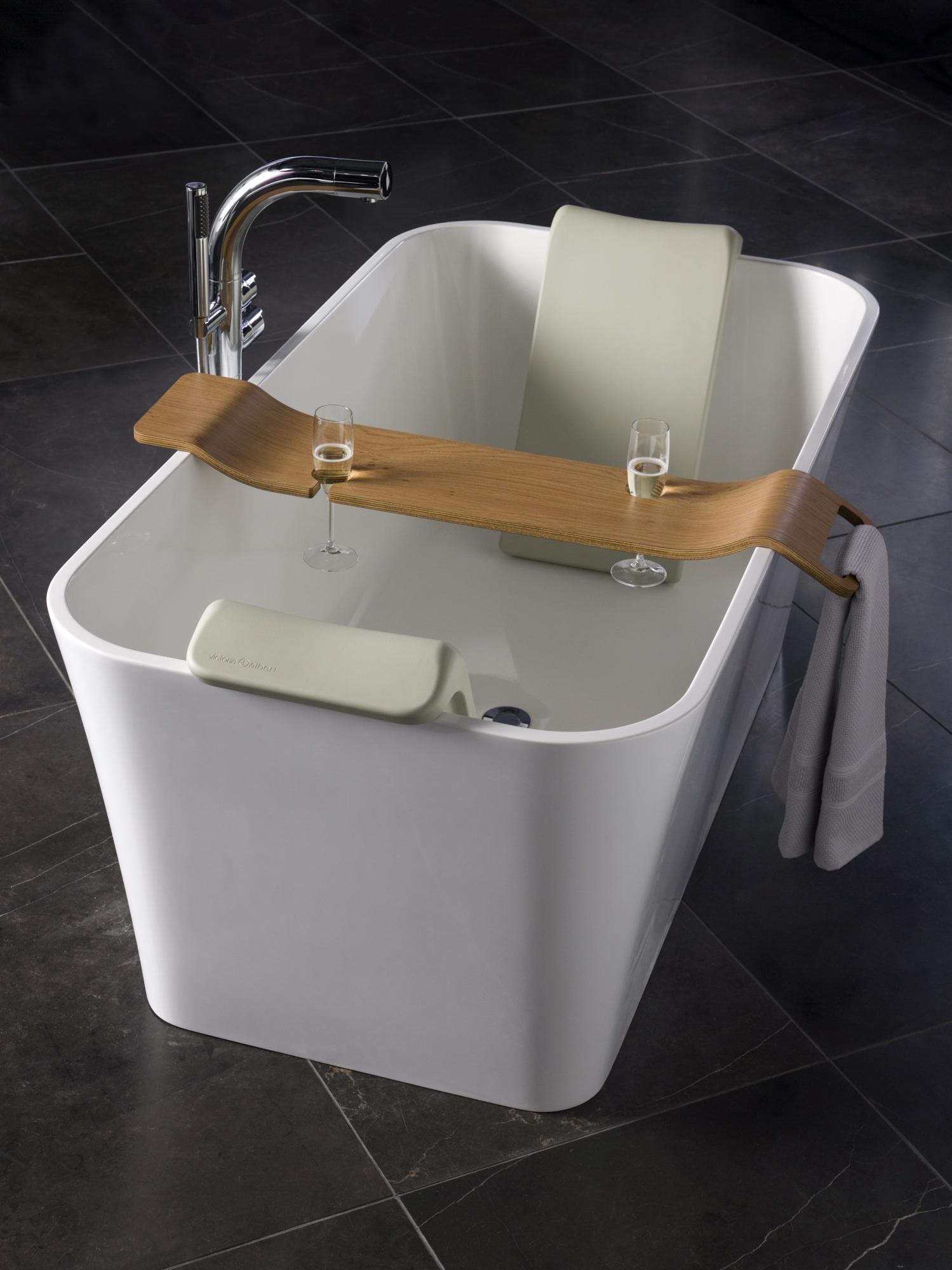 Victoria albert porta l 39 happy hour in sala bagno bagno italiano blog - Porta sali da bagno ...